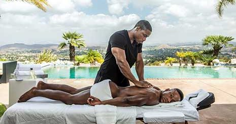 When Deangelo step brother Liam Cyber comes into the spa for a rub down, he chooses his step brother to give it to him in more ways than one.