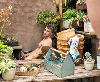 Has handsome hunk Zane Williams been on your mind? See what getting dicked down by this stud is really like in this special scene. Zane relaxes outdoors, surrounded by plants, caressing his...